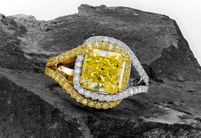 Fancy Yellow, Radiant Pave Cross-Over Diamond Dress Ring (3.92Ct TW)